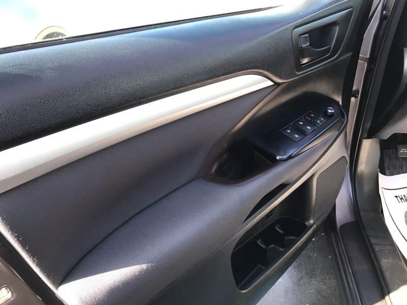 2016 Toyota Highlander LE (3.5L V6)