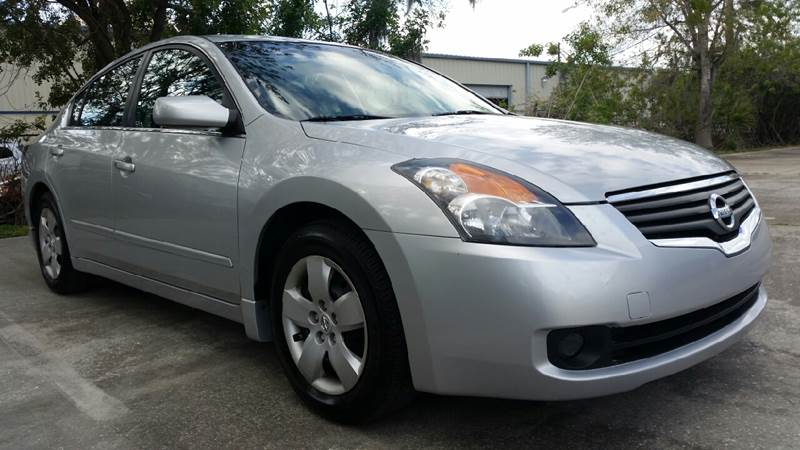 2007 Nissan Altima 2.5 S 4dr Sedan (2.5L I4 CVT)   St Cloud