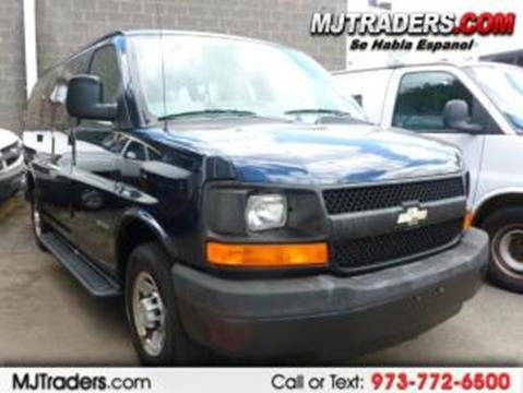 90bab7b93a 2005 Chevrolet Express Passenger for sale in Garfield