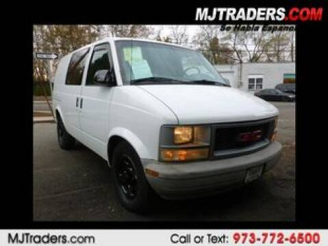 2005 GMC Safari Cargo for sale in Garfield, NJ