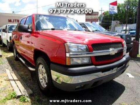 2004 Chevrolet Avalanche for sale at M J Traders Ltd. in Garfield NJ
