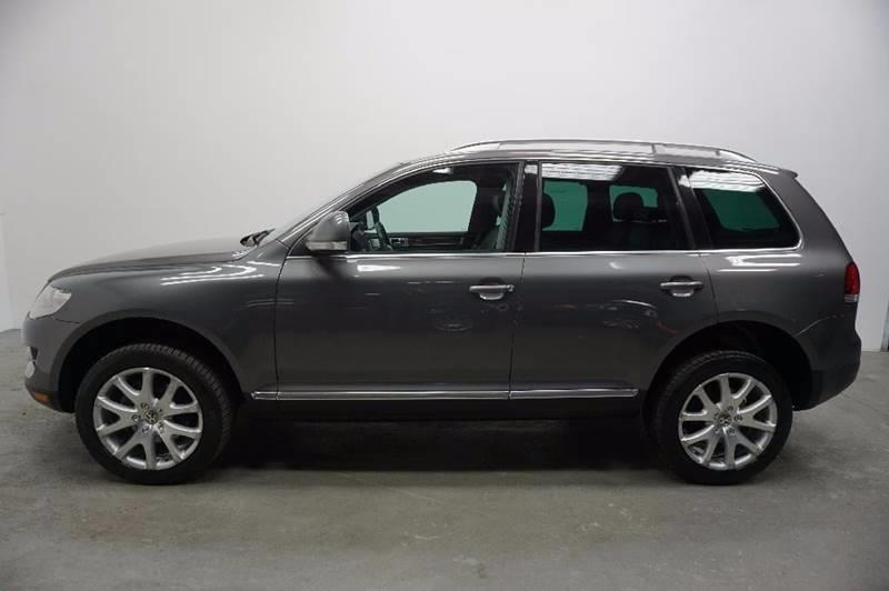 2009 Volkswagen Touareg 2 for sale at Car Club USA in Hollywood FL