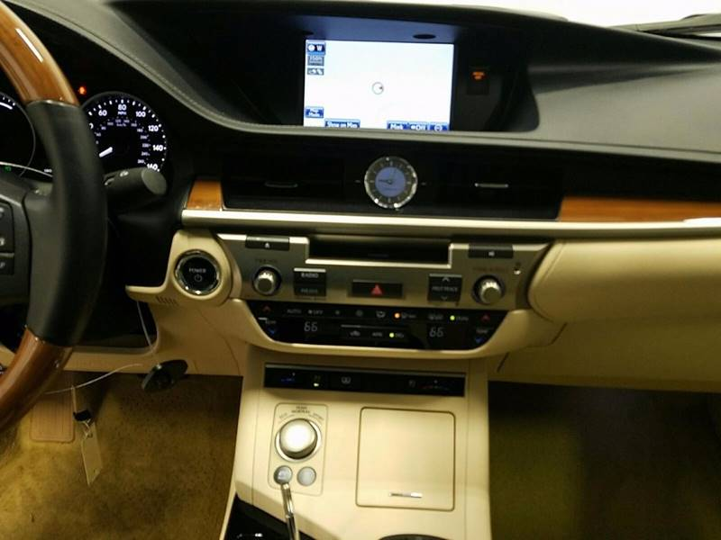 2013 Lexus ES 300h for sale at Car Club USA - Hybrid Vehicles in Hollywood FL