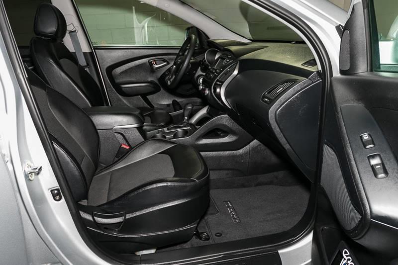 2015 Hyundai Tucson for sale at Car Club USA in Hollywood FL