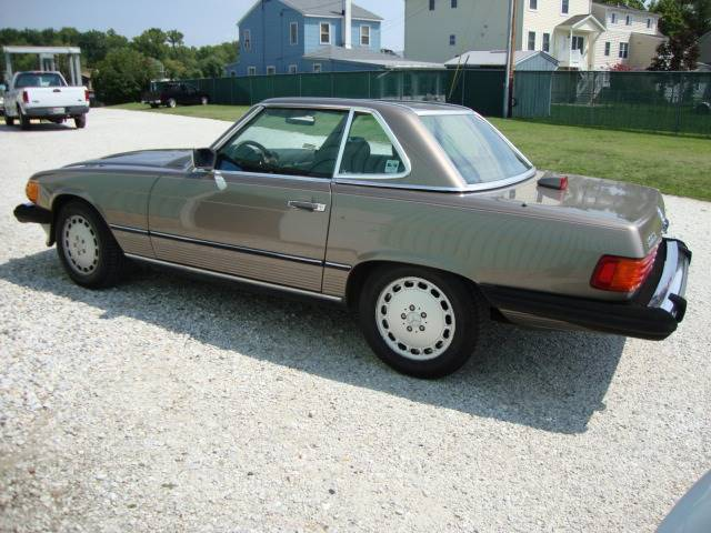 1987 Mercedes-Benz 560-Class 560SL 2dr Convertible - Bel Air MD