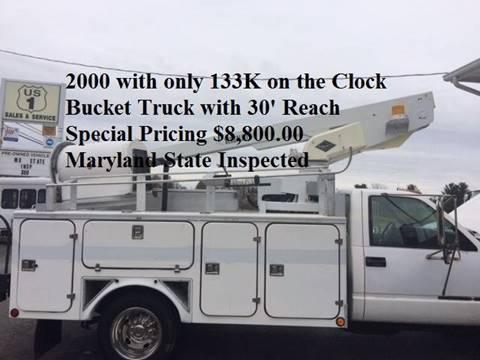 2000 GMC 30' 3500 4X2 BUCKET TRUCK