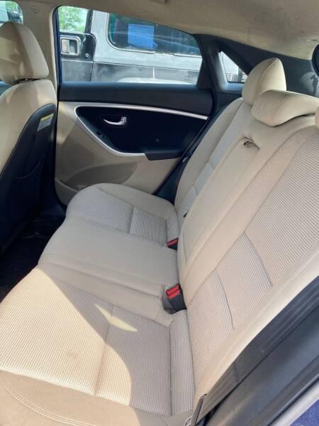 2014 Hyundai Elantra GT 4dr Hatchback 6A - Bear DE