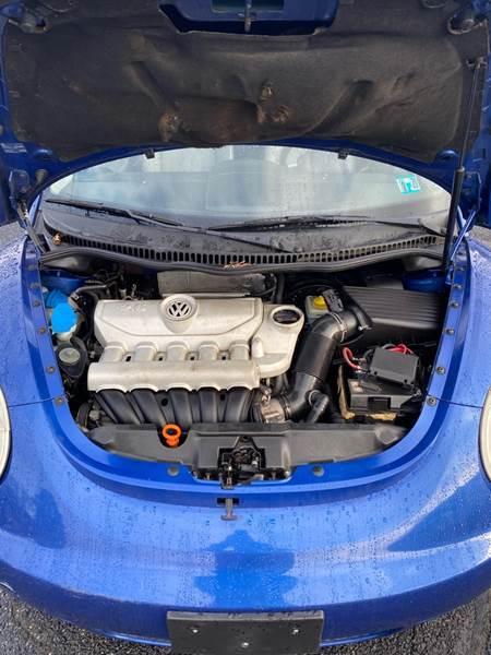 2008 Volkswagen New Beetle S 2dr Coupe 6A - Bear DE