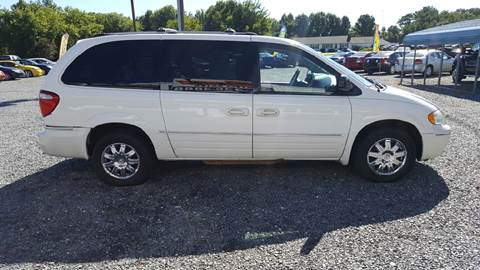 2006 Chrysler Town and Country for sale in Selbyville, DE