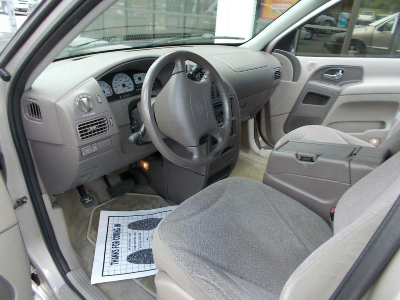 2000 Nissan Quest 4dr SE Mini-Van - Oak Ridge TN