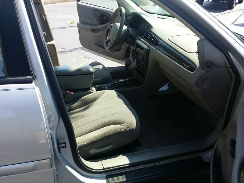 2002 Chevrolet Malibu 4dr Sedan - Austintown OH