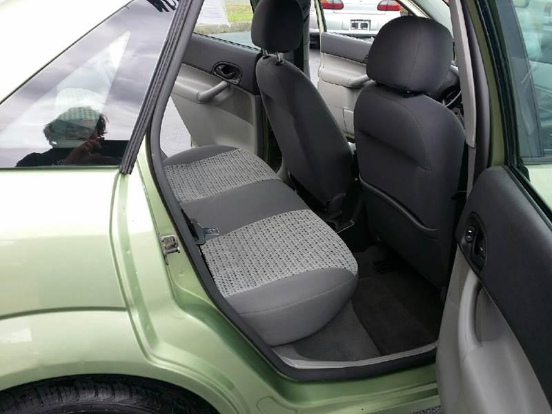 2007 Ford Focus ZX4 SE 4dr Sedan - Austintown OH