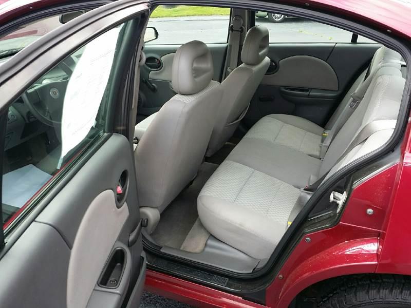 2006 Saturn Ion 2 4dr Sedan w/Automatic - Austintown OH