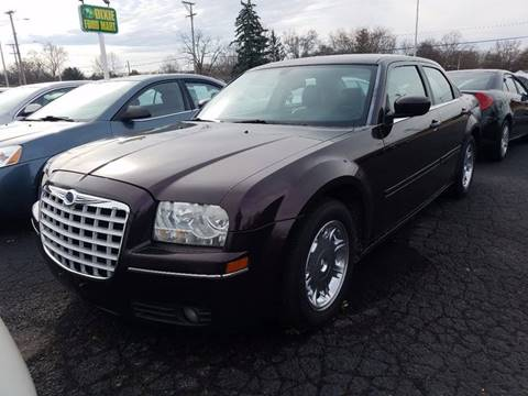 2005 Chrysler 300 for sale in Dayton, OH