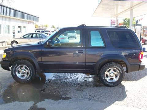 2000 Ford Explorer for sale in Watertown, SD