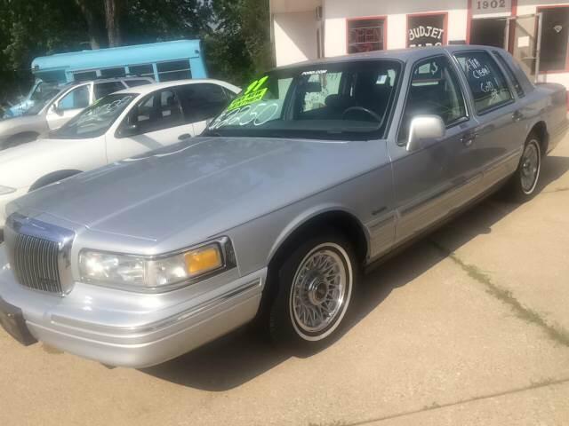 1997 Lincoln Town Car Signature 4dr Sedan In Michigan City In