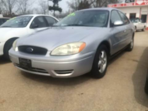2004 Ford Taurus for sale in Michigan City, IN