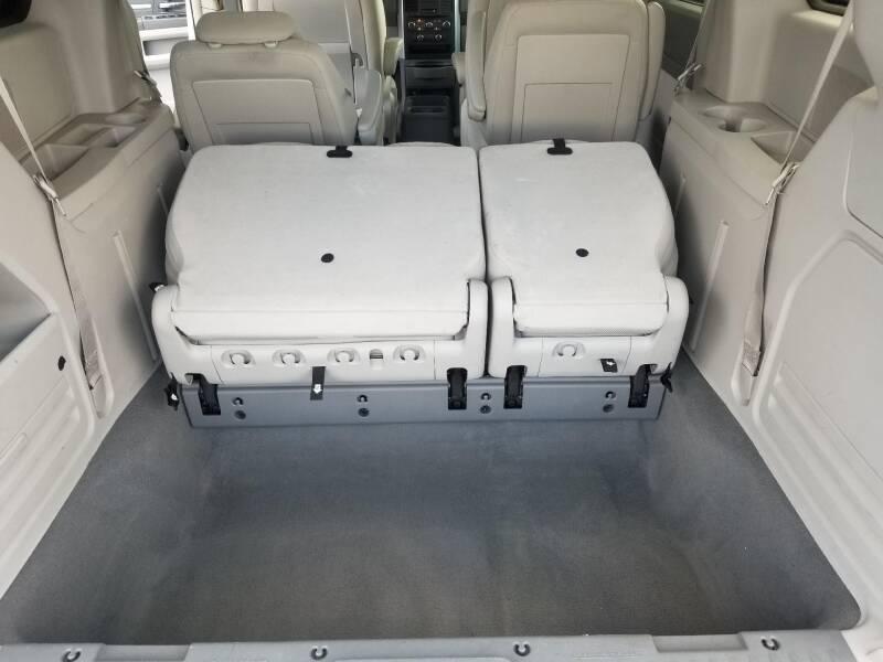 2008 Dodge Grand Caravan SXT Extended 4dr Mini-Van - West Point VA