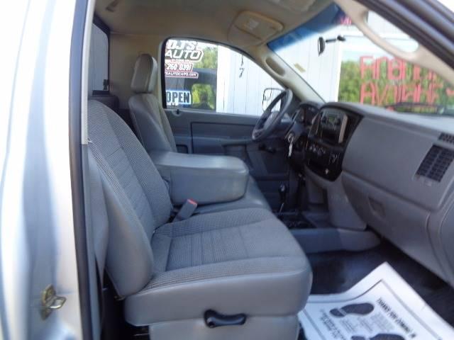 2006 Dodge Ram Pickup 3500 ST 2dr Regular Cab 4WD LB DRW - Saint Cloud MN