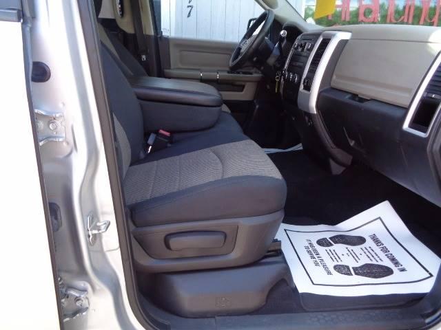 2011 RAM Ram Pickup 1500 4x4 SLT 4dr Quad Cab 6.3 ft. SB Pickup - Saint Cloud MN