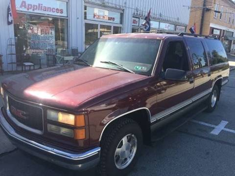 1999 GMC Suburban for sale in Belle Vernon, PA