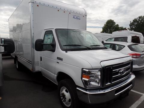 2017 Ford E-Series Chassis
