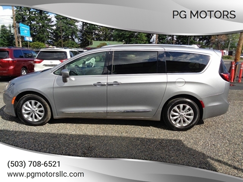 2018 Chrysler Pacifica for sale in Portland, OR
