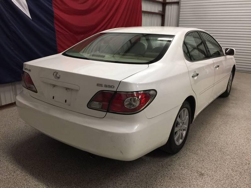 2004 Lexus ES 330 for sale at Veritas Motors in San Antonio TX