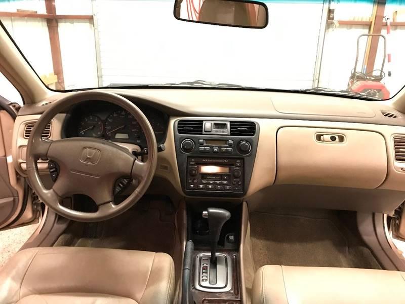 2001 Honda Accord for sale at Veritas Motors in San Antonio TX