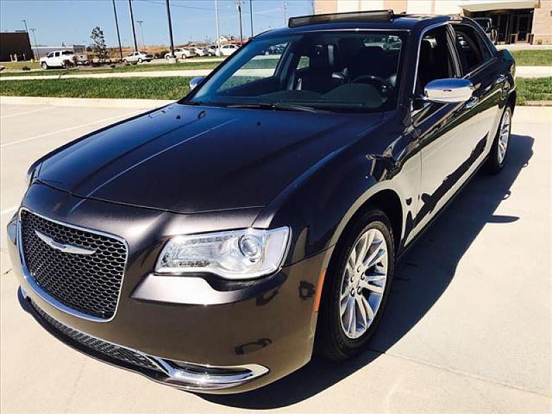 2016 Chrysler 300 C 4dr Sedan - Poplar Bluff MO