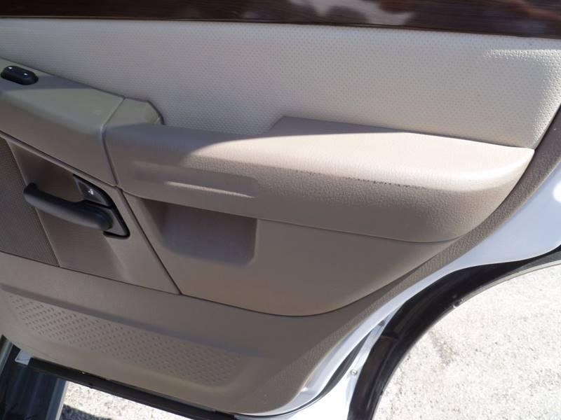 2005 Ford Explorer Eddie Bauer 4WD 4dr SUV - Saint Louis MO