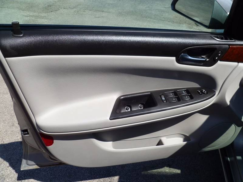 2007 Chevrolet Impala LS 4dr Sedan - Saint Louis MO