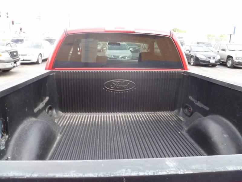 2005 Ford F-150 truck - Saint Louis MO