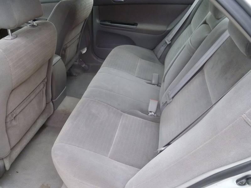 2005 Toyota Camry LE 4dr Sedan - Saint Louis MO