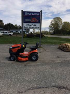 2017 Husqvarna YTH22V42 for sale in Edmore, MI