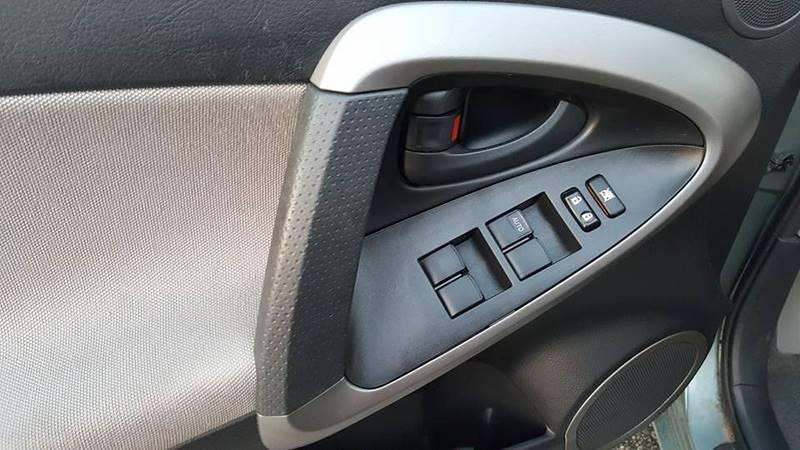 2008 Toyota RAV4 4x4 4dr SUV - Cleveland OH