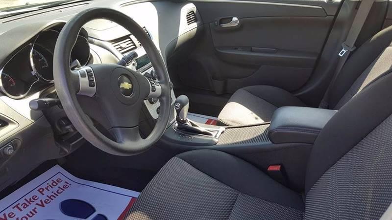 2010 Chevrolet Malibu LT 4dr Sedan w/1LT - Cleveland OH