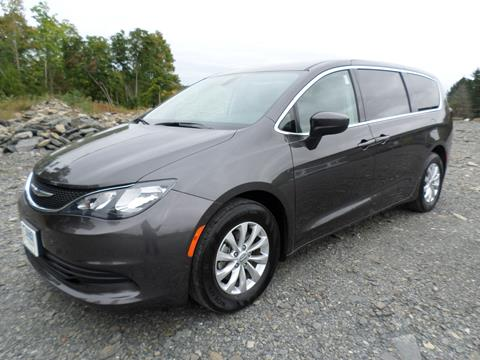 2017 Chrysler Pacifica for sale in Milton NY