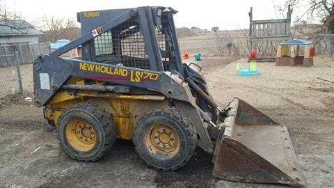 2004 New Holland LS170 for sale in Orient, OH