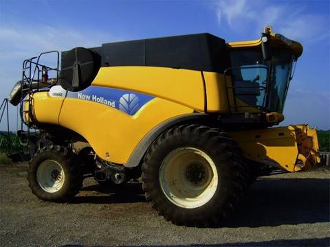 2011 New Holland CR9060