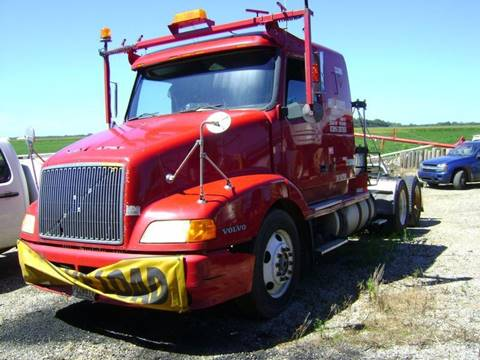 2000 Volvo VNL64T550 for sale in Orient, OH