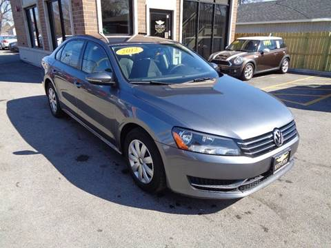 2012 volkswagen passat for sale in illinois for Luxury motors bridgeview il