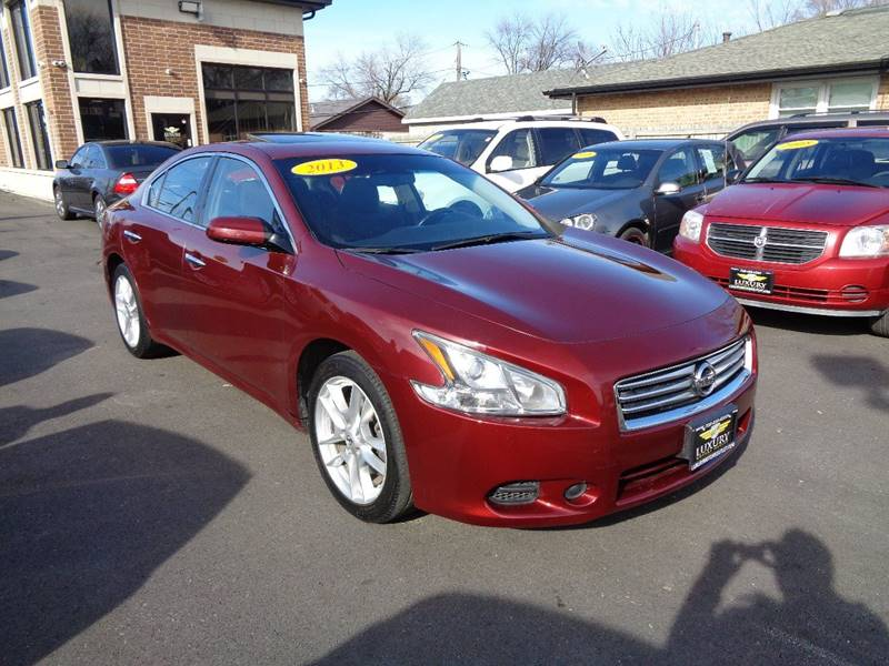 w waterbury in sv pkg premium nissan apple maxima ct veh auto