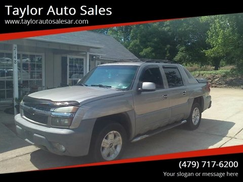 2002 Chevrolet Avalanche for sale at Taylor Auto Sales in Springdale AR