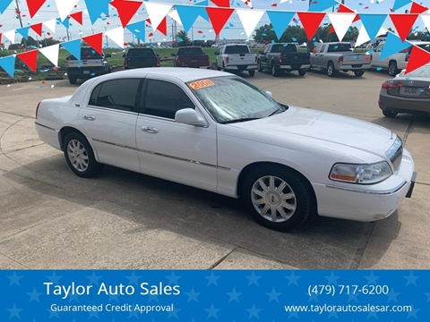 2008 Lincoln Town Car for sale at Taylor Auto Sales in Springdale AR
