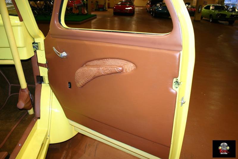 1941 Willys Deluxe 69