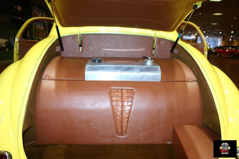 1941 Willys Deluxe 80