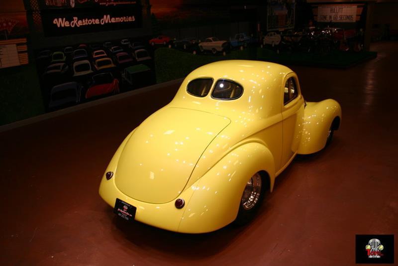1941 Willys Deluxe 85