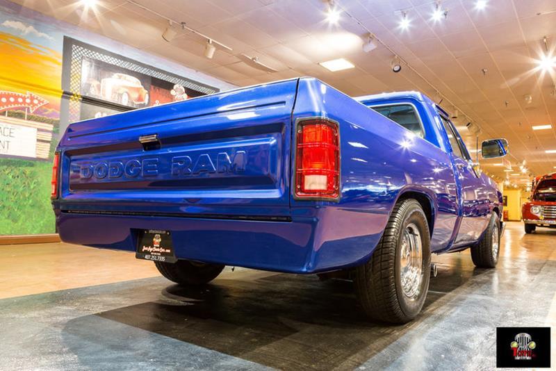 1987 Dodge RAM 150 7