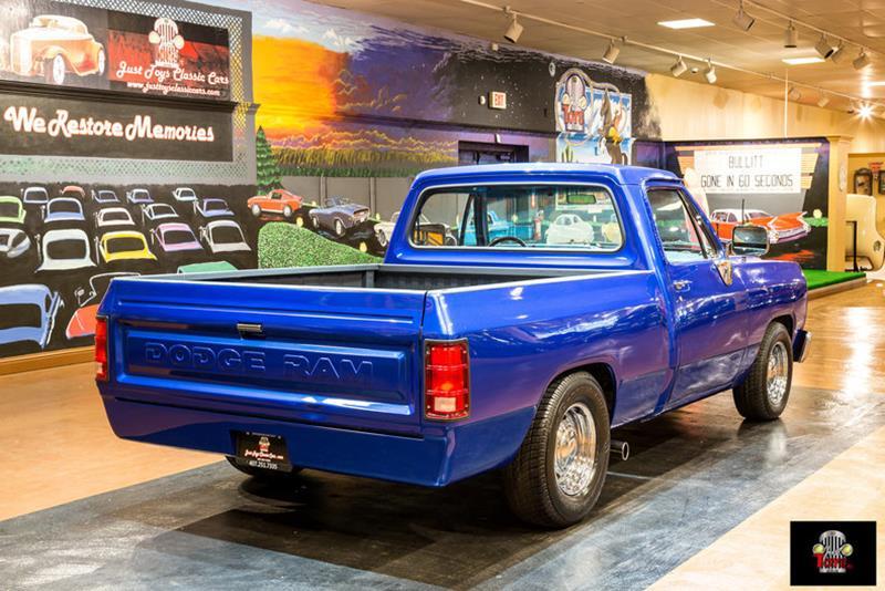 1987 Dodge RAM 150 22